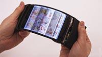 全球首款可任意弯曲柔性屏手机亮相